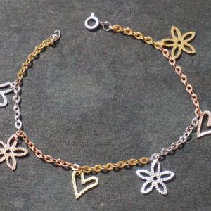 Tri gold Hearts and Flowers Friendship Boho Charm